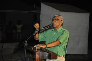 PNCR-Leader-addessing-residents-of-La-Parfaite-Harmonie